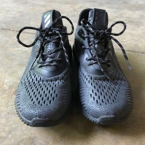 Adidas AlphaBounce Athletic Shoes